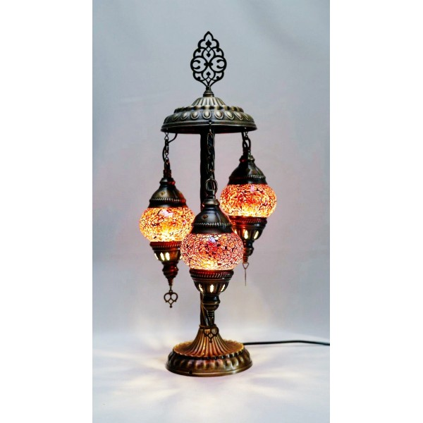 Mosaic table lamp with 3 red glass globe